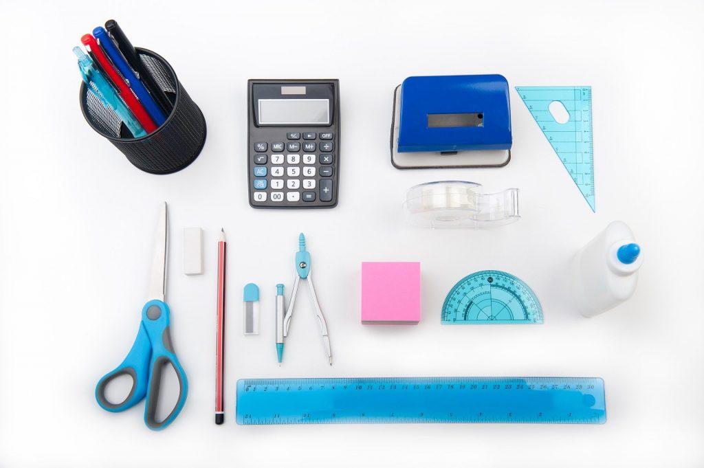 5 façons d'économiser sur les fournitures scolaires pour les achats de la rentrée scolaire